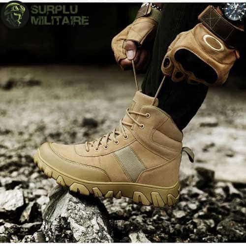 chaussures militaires boots creme 47 1